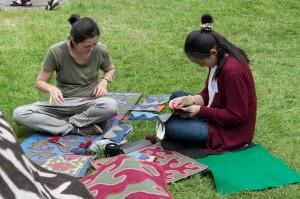 Die Textilkünstlerinnen aus Kirgistan führten ihre Arbeitsweise vor