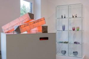 Lichtobjekte aus hauchdünnem Furnierholz von Arne Leucht